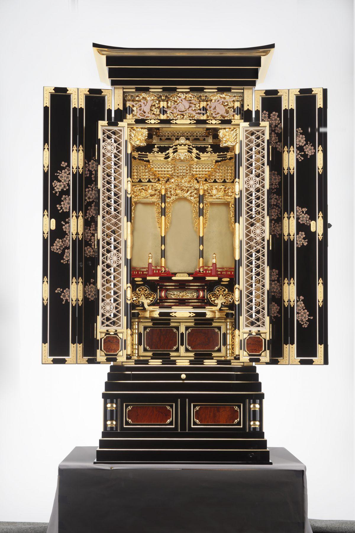第24回伝統的工芸品仏壇仏具展で受賞しました。